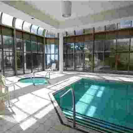 Swimming Pool / Hot Tub!