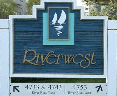 River West 4753 RIVER V4K 1R9