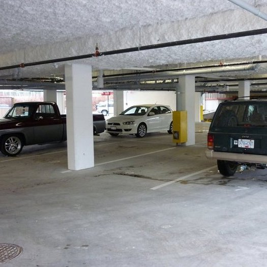 Studio SQ - Parking!