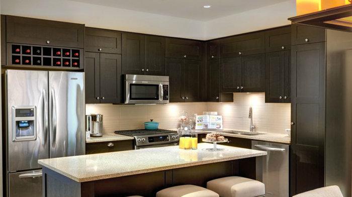 Edgewater - Kitchen!