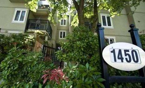 Ridgeway Place 1450 7TH V5N 1R8