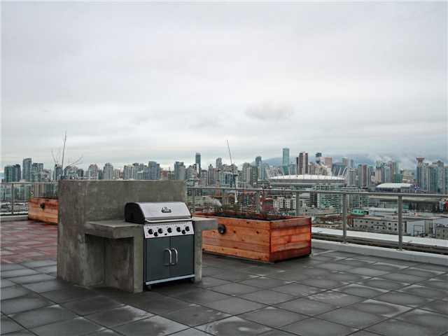 The District - Rooftop Deck!