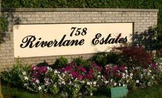 Riverlane Estates 758 RIVERSIDE V3B 7V8