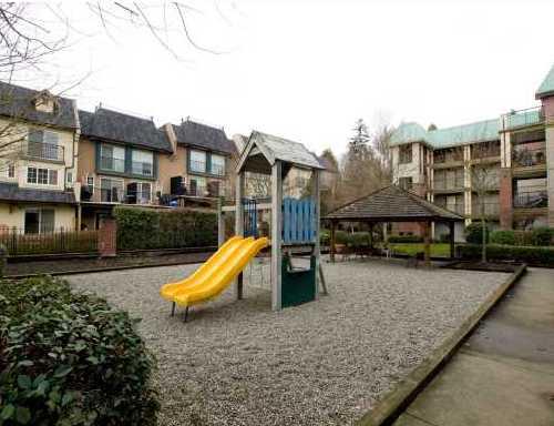 Building Exterior/Playground!