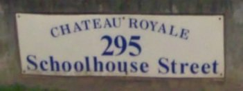 Chateau Royale 295 SCHOOLHOUSE V3K 6X5