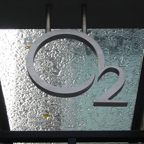 O2 sign!