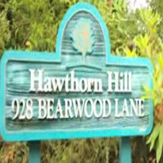 Hawthorn Hill 928 Bearwood V8Y 3G8