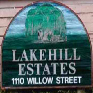 Lakehill Estates 1110 Willow V8X 3K2