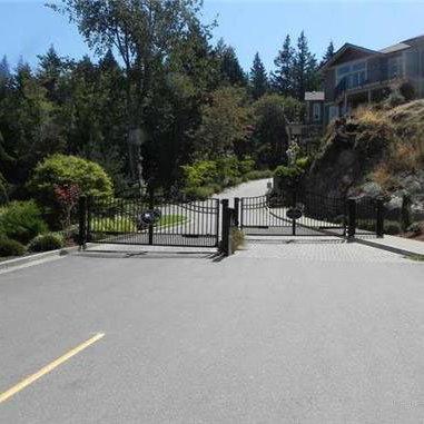Main Gate!