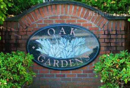 Oak Gardens 1010 42ND V6M 2A8