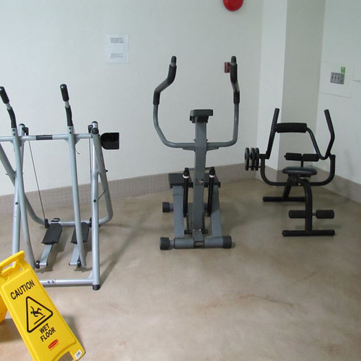 Exercise Area by Swimming Pool!