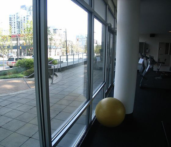 Exercise Facility overlooking Courtyard!