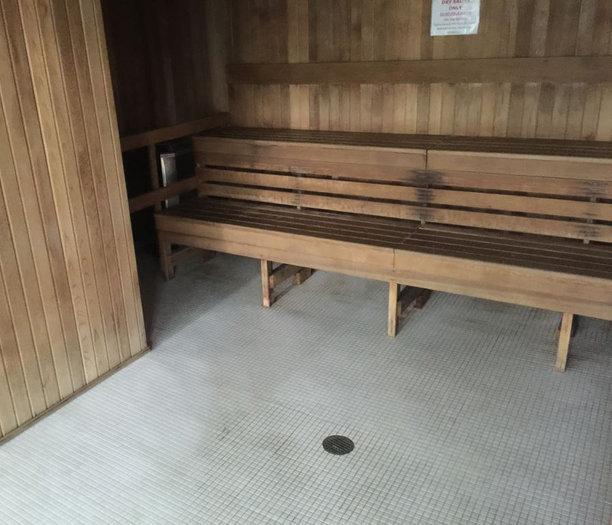 Dry Sauna!
