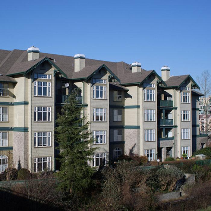 83 Star Crescent, New Westminster, BC V3M 6X6, Canada Building Exterior!