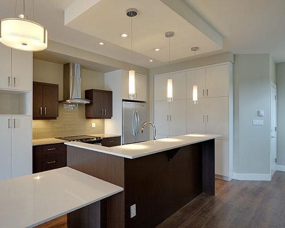 3903 Douglas Street, Victoria, BC V8X 5L3, Canada Kitchen!