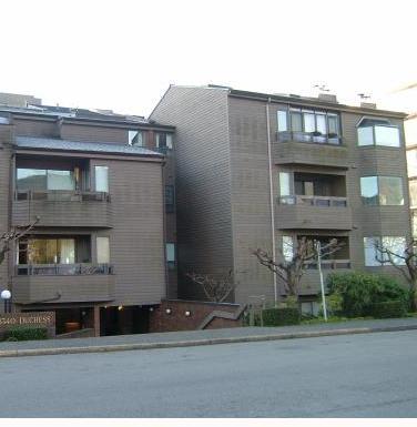 1340 Duchess West Vancouver BC Exterior!