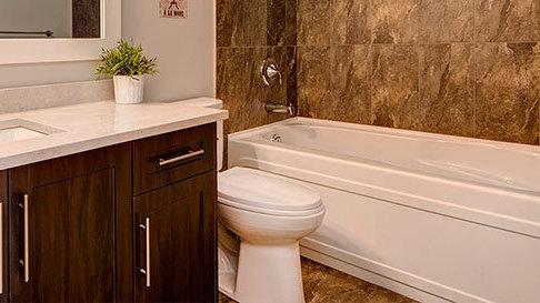6713 Westmount Drive, Prince George, BC V2N 6R3, Canada Bathroom!