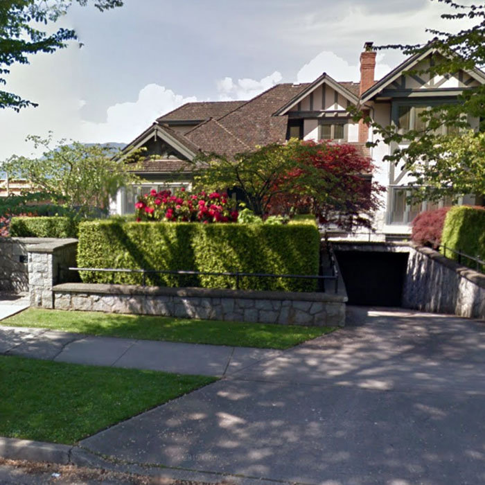 2523  Point Grey Road, Vancouver, BC V6K 1A1, Canada Street View!