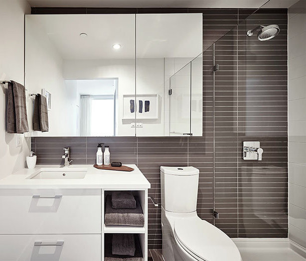 8538 River District Crossing, Vancouver, BC V5S 4R3, Canada Bathroom!