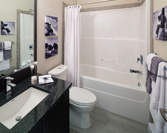 2655 Sooke Road, Langford, BC V9B 1Y3, Canada Bathroom!