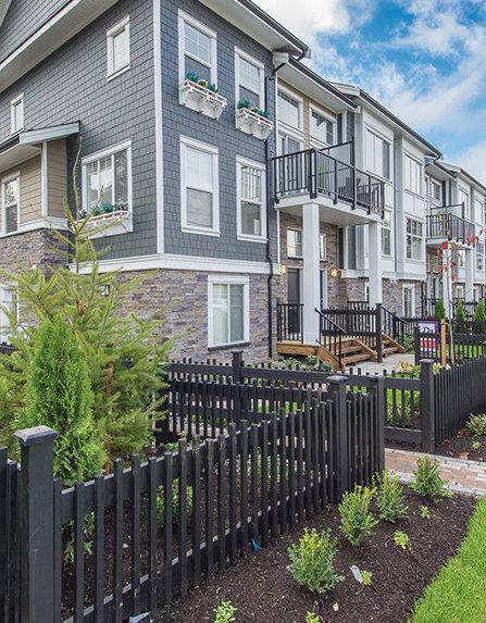 7686 209 Street, Langley, BC V2Y 0R5, Canada Exterior!
