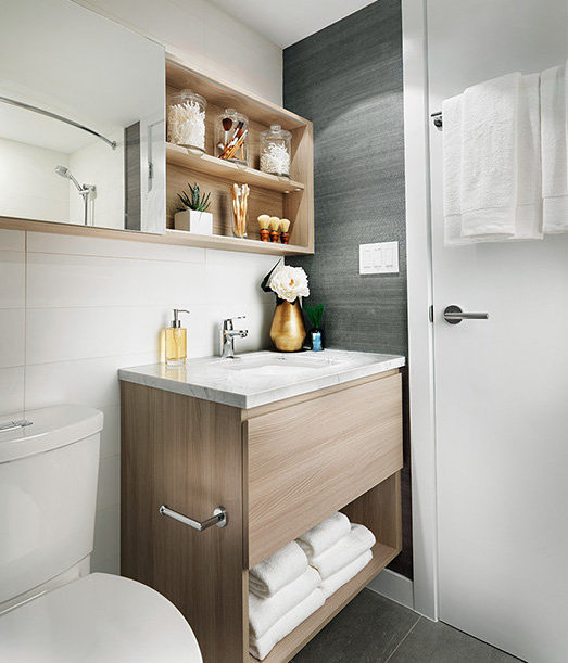 988 Quayside Drive, New Westminster, BC V3M 6G1, Canada Bathroom!