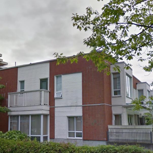 370 Waterfront Crescent Victoria BC Building Exterior!