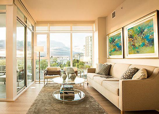 83 Saghalie Road, Victoria, BC V9A 0B8, Canada Living Room!