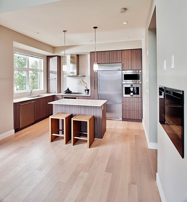 260 Salter Street, New Westminster, BC V3M 0J4, Canada Kitchen!