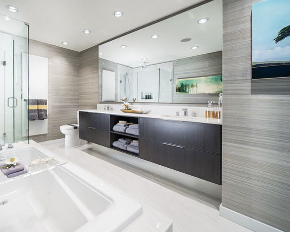 3825 Cates Landing, North Vancouver, BC V7G 1A1, Canada Bathroom!