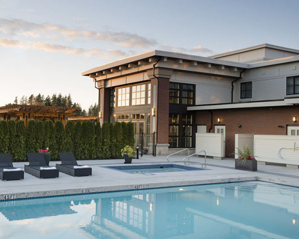 3323 151 Street, Surrey, BC V4P 1G9, Canada Clubhouse Pool!