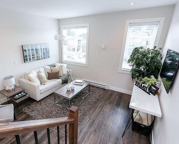 1935 Manning Avenue, Port Coquitlam, BC V3B 1L3, Canada Living Area!