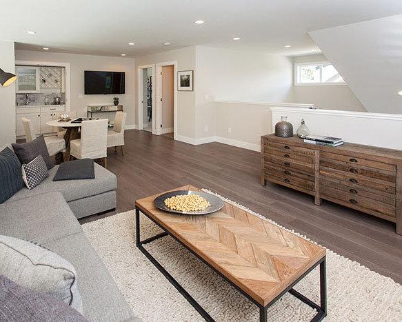 3103 160 Street, Surrey Loft!