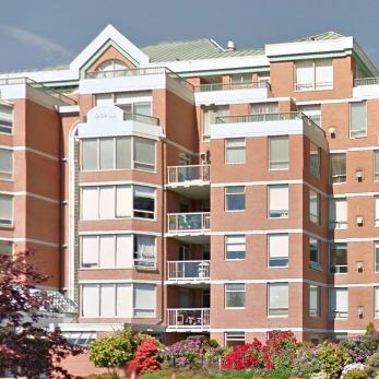 Harbourside - 636 Montreal Victoria BC !