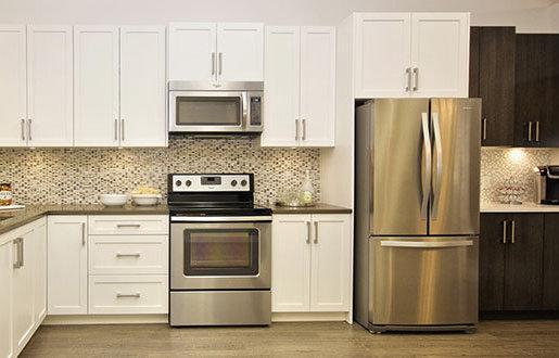 7604 6th Street, Burnaby, BC V3N 3M5, Canada Kitchen!