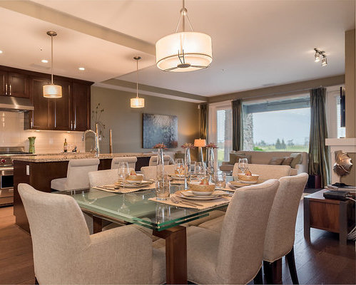 5011 Springs Boulevard, Tsawwassen, BC V4M 0A5, Canada Dining Area!