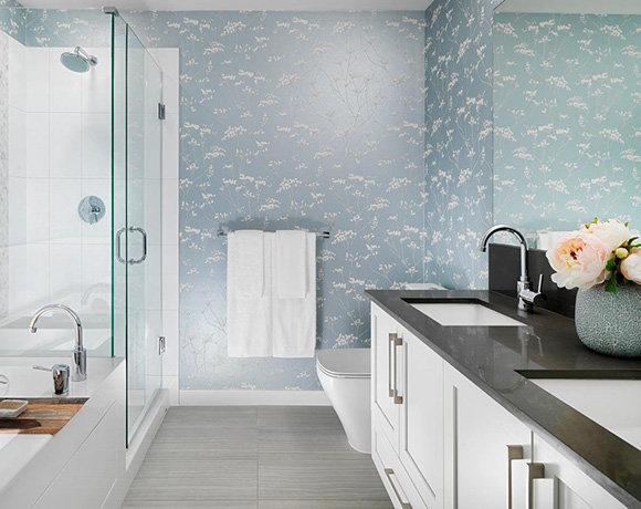 16467 24 Ave, Surrey, BC V3Z 0M8, Canada Bathroom!