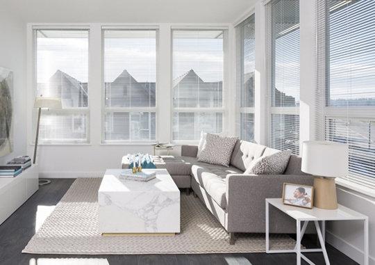2393 Ranger Lane, Port Coquitlam, BC V3E 3G7, Canada Living Area!