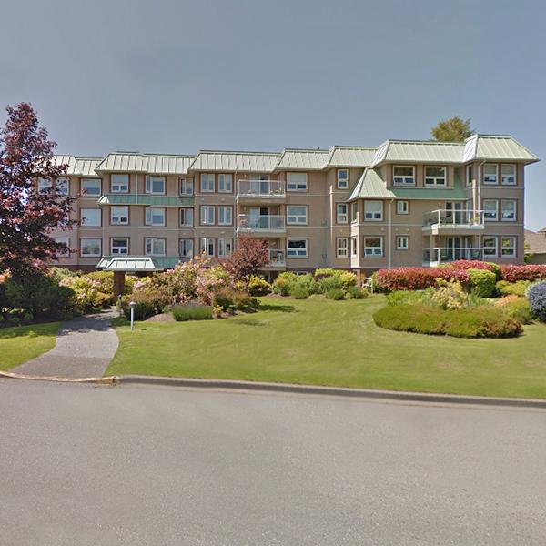 Chateau Nova - 9650 1 Street, Sidney, BC - Building Exterior!