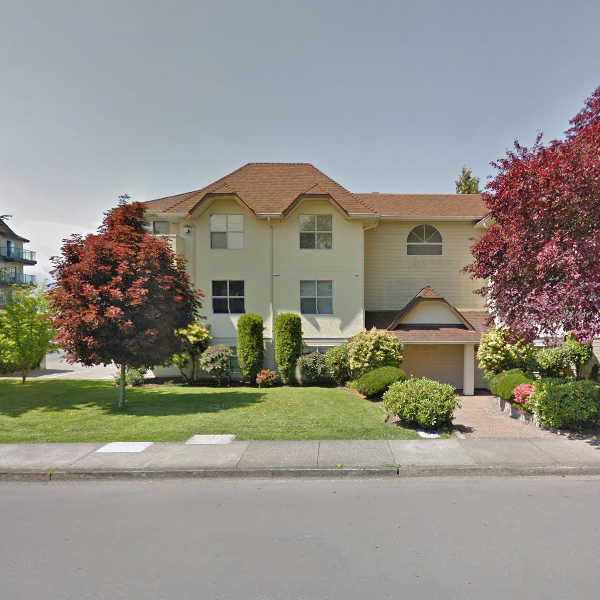 The Wexford - 9858 5 Street, Sidney, BC - Building Exterior!