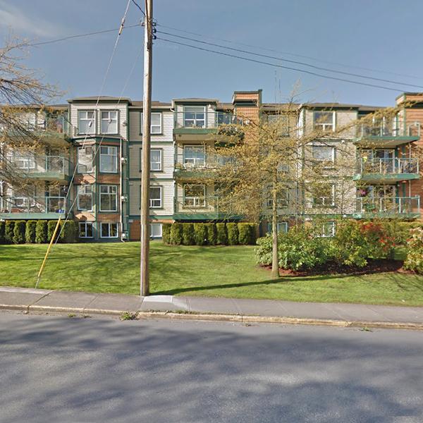 Chelsea Green - 899 Darwin Avenue, Victoria, BC - Building exterior!