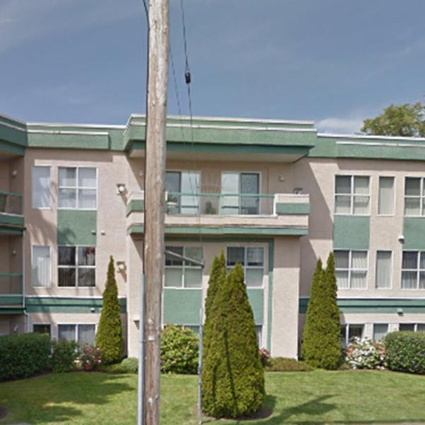 Harbour Vista - 9880 4 Street, Sidney, BC - Building exterior!