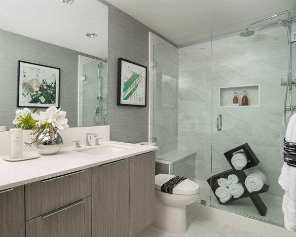 3289 Riverwalk Ave, Vancouver, BC V5S 4N4, Canada Bathroom!