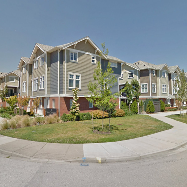 English Mews - 1135 Ewen Ave, New Westminster, BC - Building exterior!