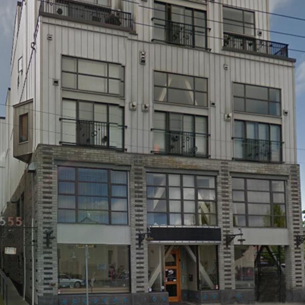 555 Chatham St, Victoria, BC - Building exterior!