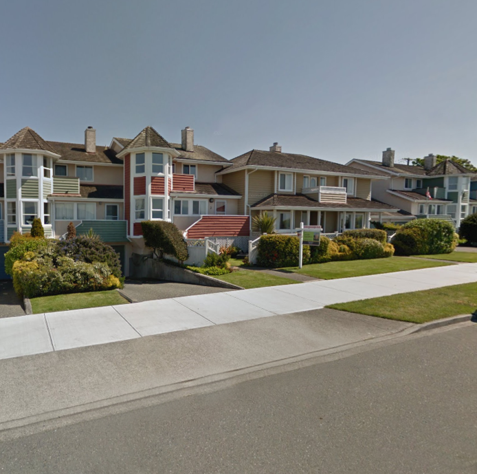 Dunelm Village - 416 Dallas Rd, Victoria, BC - Building exterior!