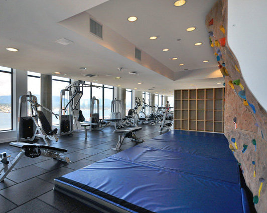 Exercise Facilities 42nd floor!