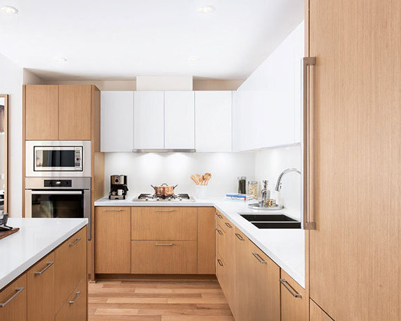 908 Keith Rd, West Vancouver, BC V7T 1M3, Canada Kitchen!