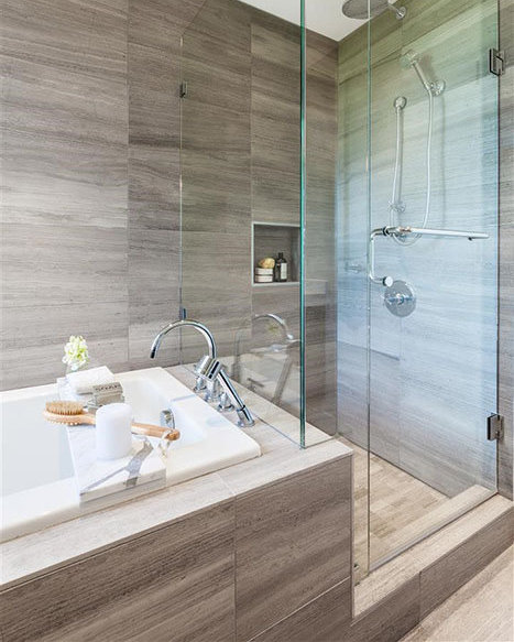 988 Keith Road, West Vancouver, BC V7T 1M5, Canada Bathroom!
