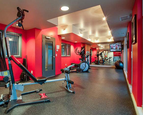 1350 St Paul St, Kelowna, BC V1Y 2E1, Canada Gym!